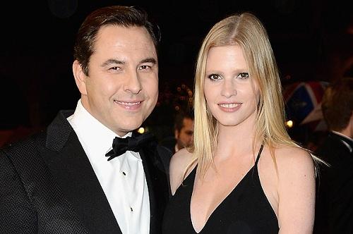Лара Стоун с мужем, британским актером Дэвидом Уоллиямсом фото