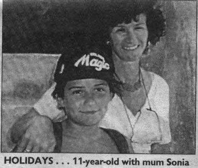 Орландо Блум в детстве с мамой фото