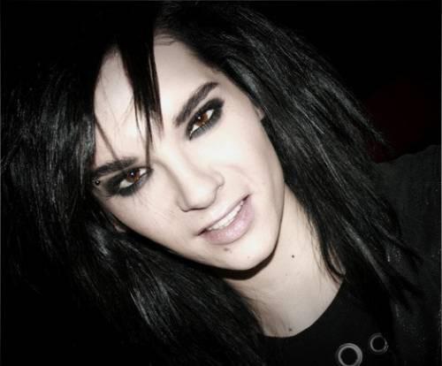 Яркий бисексуальный имидж Билла Каулитц фото