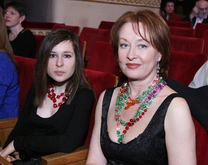 Лариса Удовиченко с дочерью