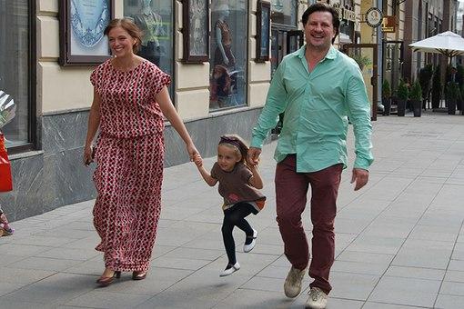 Нелли Уварова, Александр Гришин и их дочь Ия фото
